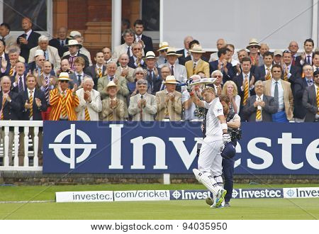 LONDON, ENGLAND - July 21 2013: Joe Root walks off to a standing ovation after being dismissed for 180 runs during day four of the Investec Ashes 2nd test match, at Lords Cricket Ground on July 21