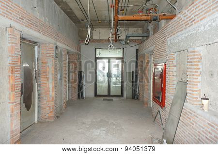 Empty  Office Room For Rent