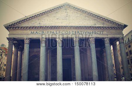 Pantheon in Roma. Historic Pantheon in Italy.