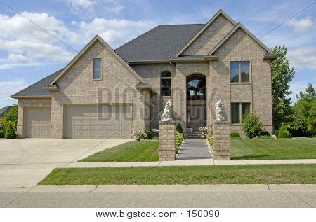 Luxury Home 2