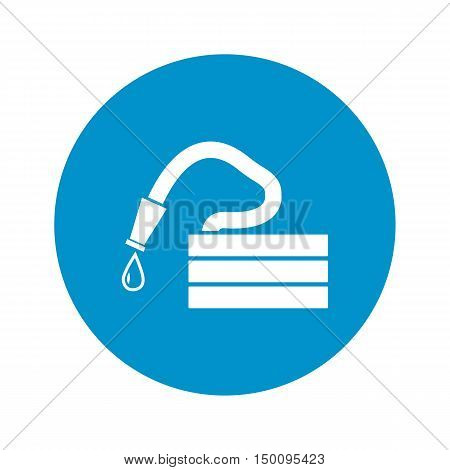 hose icon on white background for web