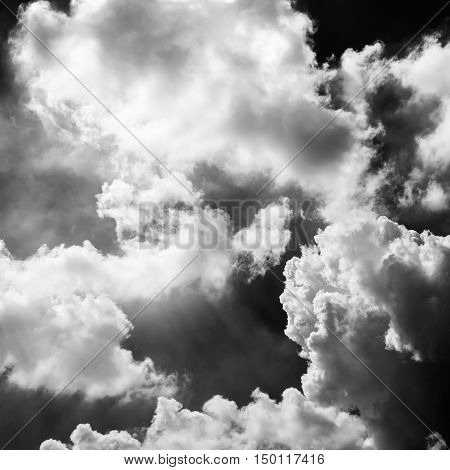black and white clouds in the big sky