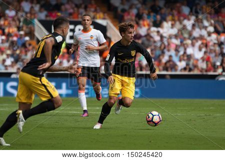 VALENCIA, SPAIN - OCTUBER 2nd: Griezmann with ball during Spanish soccer league match between Valencia CF and Atletico de Madrid at Mestalla Stadium on Octuber 2, 2016 in Valencia, Spain