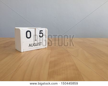 August 5Th.august 5 White Wooden Calendar On Wood Background.summer Day.copyspace For Text.