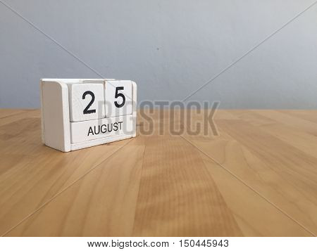 August 25Th.august 25 White Wooden Calendar On Wood Background.summer Day.copyspace For Text.
