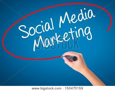 Women Hand Writing Social Media Marketing With Black Marker On Visual Screen