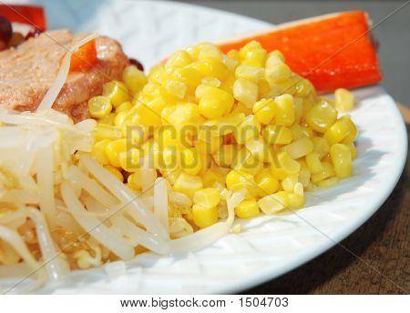 Sweet Corn Kernels In Mixed Salad