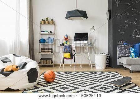 Perfect Room For A Schoolboy Idea