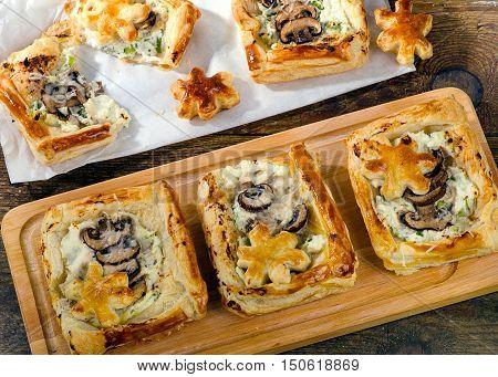 Puff Pastry Mushroom Tarts