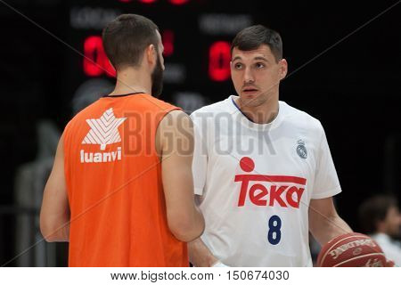 VALENCIA, SPAIN - OCTOBER 6th: 8 Maciulis and Jankovic during spanish league match between Valencia Basket and Real Madrid at Fonteta Stadium on October 6, 2016 in Valencia, Spain