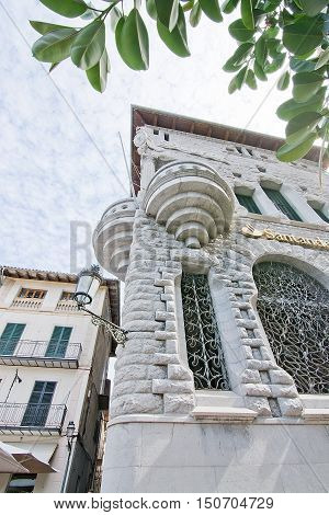 Modernisme Bank Building Soller