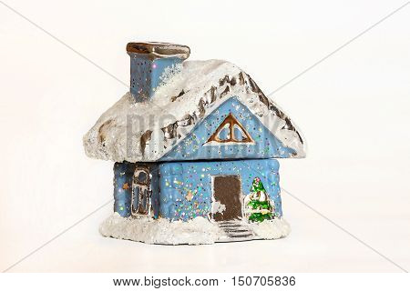 winter house in snow close up isolated nobody symbols/metaphors