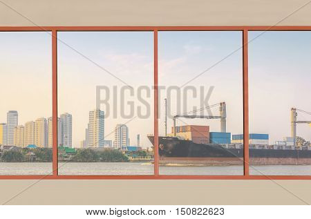 Window glass for show exterior views.use for background