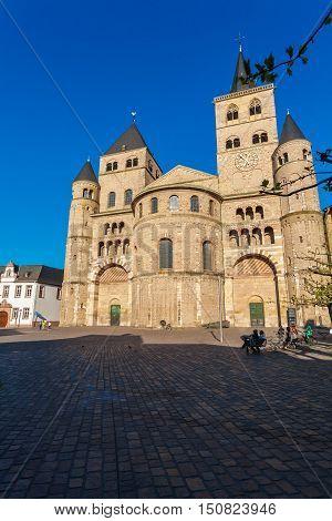 Saint Peter Roman Cathedral, Trier