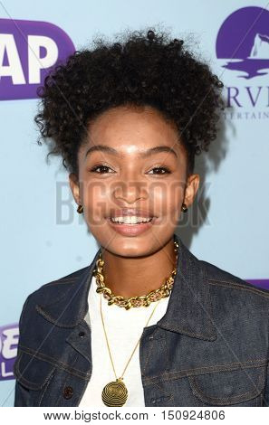 LOS ANGELES - OCT 5:  Yara Shahidi at the Metropolitan Fashion Week Closing Gala and Awards Show at the ArcLight Hollywood Theater on October 5, 2016 in Los Angeles, CA