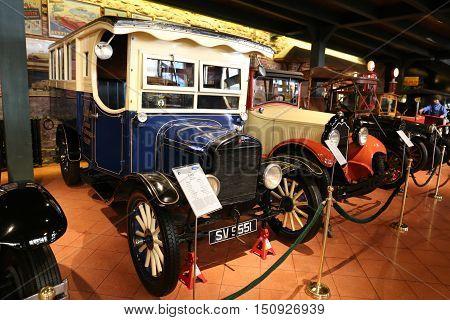 1926 Ford Model Tt Bus