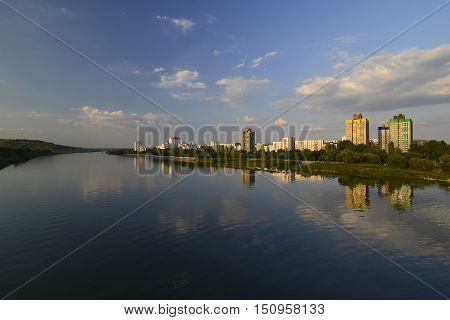 Rybnitsa city in Transnistria, on the left bank of the Dniester River in 110 km from Chisinau and 120 km from Tiraspol. Railroad station. The administrative center of Rybnitsa district of the unrecognized Pridnestrovian Moldavian Republic.