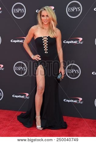 LOS ANGELES - JUL 18:  Lolo Jones arrives to the 2018 ESPY Awards  on July 18, 2018 in Hollywood, CA