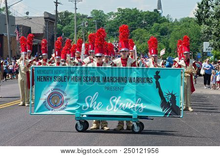 Mendota, Mn/usa - July 14, 2018: Sibley High School Marching Band Performs At Annual Mendota Days Pa