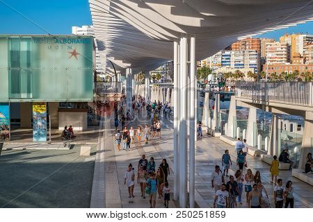 Malaga, Spain - July 1, 2018. Waterfront Promenade With A Pergola At Muelle Uno In The Port Of Malag