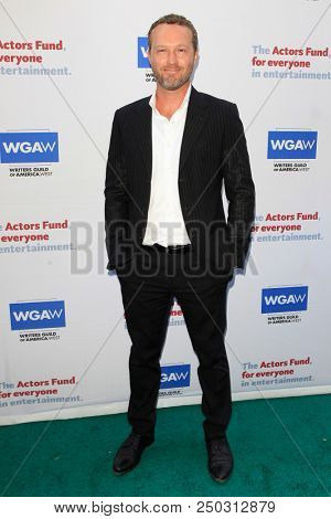 LOS ANGELES - JUN 11: Devon Gummersall at The Actors Fund's 22nd Annual Tony Awards Viewing Party at the Skirball Cultural Center on June 10, 2018 in Los Angeles, CA