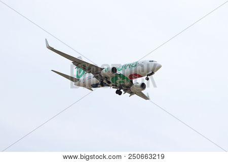 Amsterdam The Netherlands - July 22nd 2018: Ph-xrx Transavia Boeing 737-700 Final Approach To Schiph