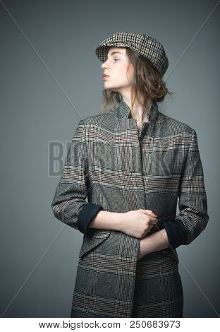 French Style. Funky Beauty. French Style Of Fashion Model In Checkered Beret. French Style For Woman