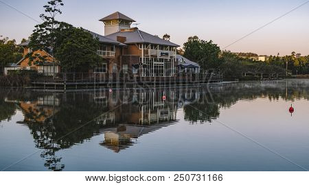 Springfield Lakes, Ipswich City, Australia - Tuesday 24Th July, 2018: View Of The Lake And Local Bus