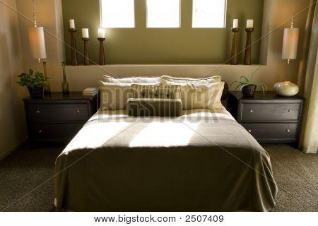 Bedroom 2680