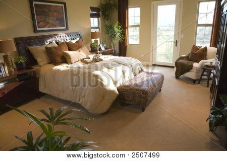 Bedroom 2727