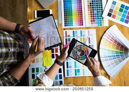 Graphic Designers Use The Tablet To Choose Colors From The Color Bar Example For Design Ideas, Creat