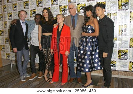 SAN DIEGO - July 21:  The Good Place Cast, Kristen Bell, Ted Danson at the