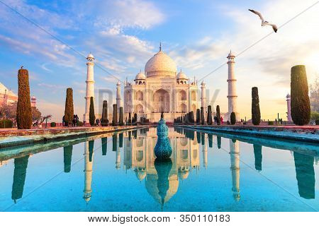 Taj Mahal Sunrise View, Agra, Uttar Pradesh, India