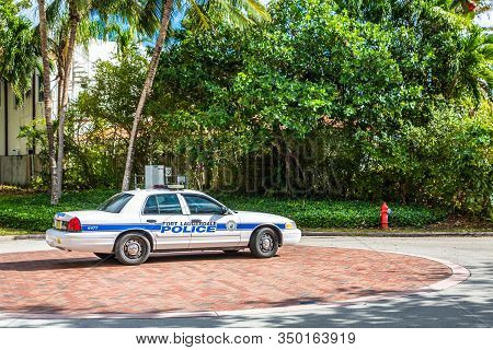 Fort Lauderdale, Florida - February 24, 2018: Dade-broward County Is The Cultural And Economic Cente