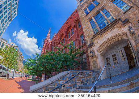 Washington Dc, Usa - September 5, 2018: Calvary Baptist Church, Founded In 1862, Is A Baptist Church