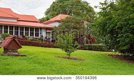 Mackay, Queensland, Australia - February 2020: Historical Greenmount Homestead, Built On Sloping Lan