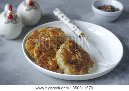 Chopped Meatballs With Dill And Garlic Cheese