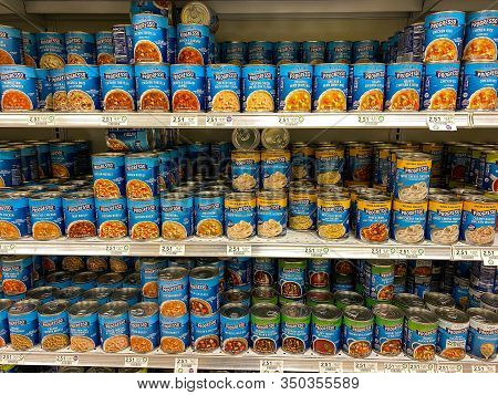 Orlando, Fl/usa-2/8/20: The Progresso Soup Aisle At A Publix Grocery Store With A Variety Of Progres