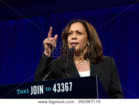 San Francisco, Ca - August 23, 2019: Presidential Candidate Kamala Harris Speaking At The Democratic