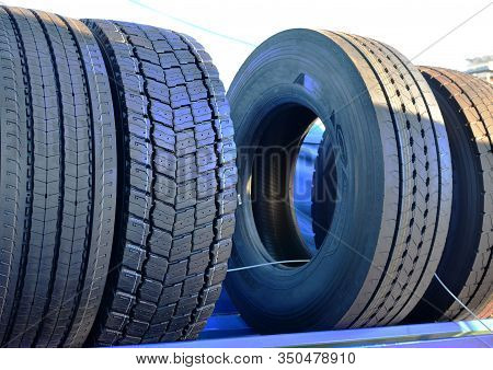 New Rubber Tire With Tread For Trucks And Special Construction Wheeled Vehicles For Driving On Aspha