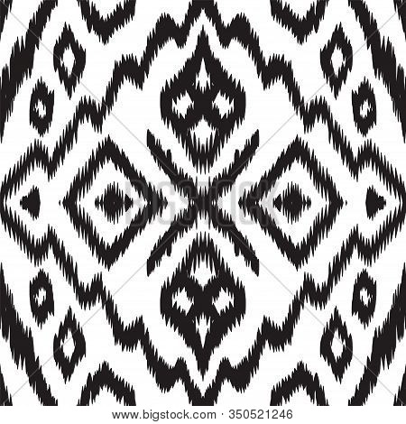 Black And White Arabic Ikat Vector Seamless Pattern. Bohemian Shibori Ethnic Ornament. Aztec Fabric