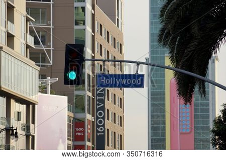 La - January 23, 2014: Blue And White Hollywood Boulevard Street Sign On January 23, 2014 In Los Ang