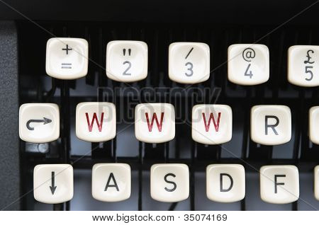 Intenet Typewriter
