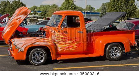 1955 Ford F-100 Orange Cat