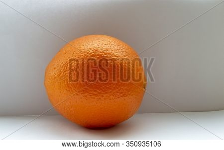 Many Legends Go About The Beneficial Properties Of An Orange, Some Of Which, However, Are Not Confir
