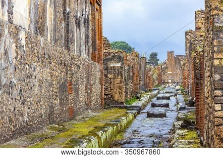 Ruins Of Ancient Roman City Of Pompei, Italy. Pompei Was Destroyed And Buried With Ash After Vesuviu