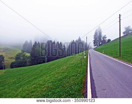 Trails For Walking And Hiking In The Urnäsch (urnaesch Or Urnasch) River Valley, Urnäsch - Canton Of