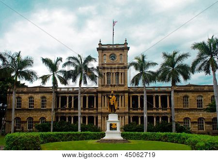 Clock tower Oahu