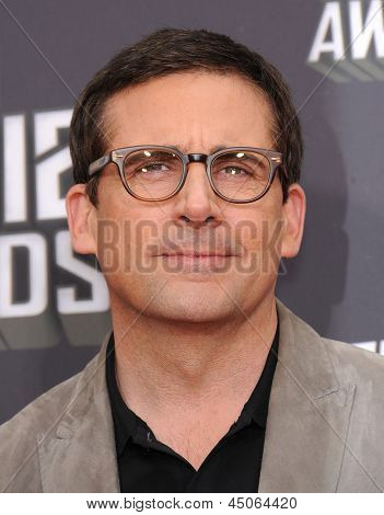 LOS ANGELES - APR 14:  Steve Carell arrives to the Mtv Movie Awards 2013  on April 14, 2013 in Culver City, CA.