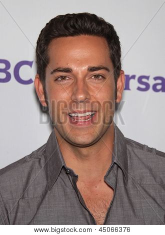 LOS ANGELES - AUG 11:  ZACHARY LEVI arriving to Summer TCA Party 2011 - NBC  on August 11, 2011 in Beverly Hills, CA